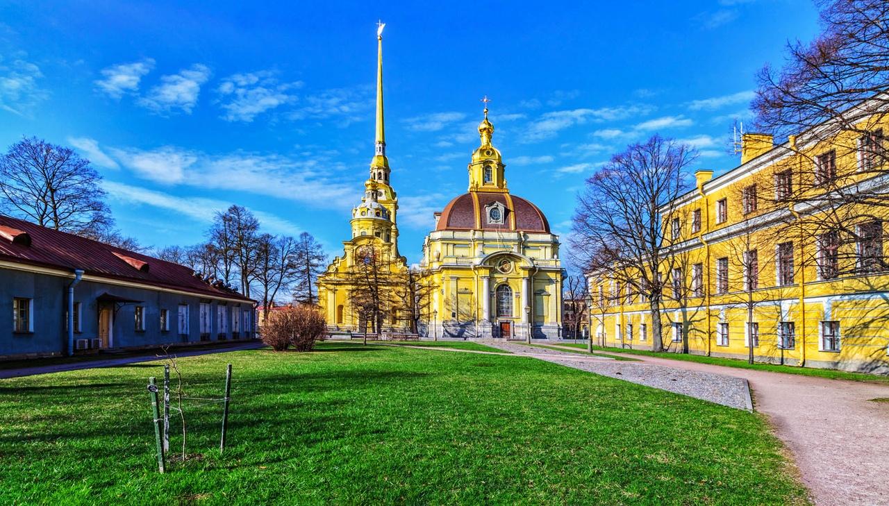 E4-CyQTptTs Петропавловский собор в Санкт-Петербурге.