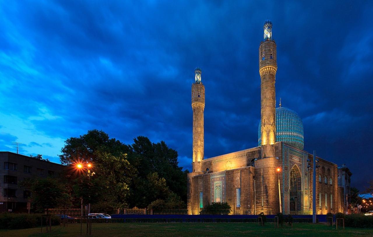 4nQZGpU598s Соборная мечеть Санкт-Петербурга.