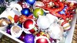 НОВОГОДНЯЯ ЁЛОЧКА ставим и наряжаем ёлочку ИГРУШКАМИ под новогодние песни CHRISTMAS TREE