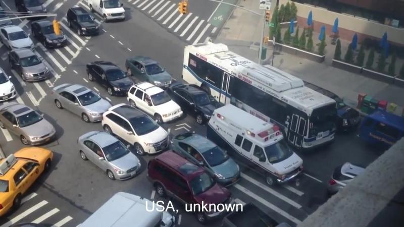 Как реагируют на сирену скорой помощи в разных странах