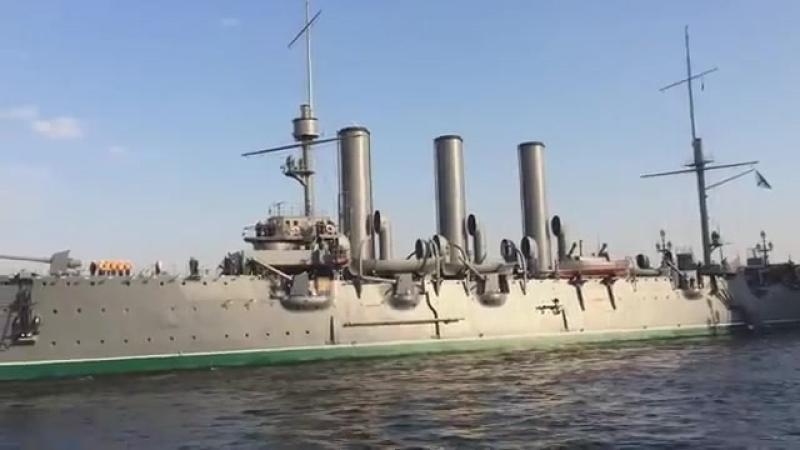 крейсер-аврора-поёт-эдуард-хиль-Eduard-Xil-sssr-pesnia-muzyca-dock-scscscrp