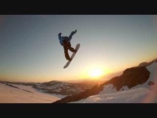 Sunset Snowboarding with Sage Kotsenburg, Halldór Helgason and Sven Thorgren