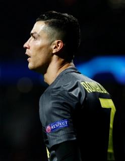 """Роналду еще не был так плох в ЛЧ, а """"Ювентус"""" обречен"""