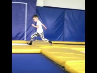 Flipster trampoline .Батутный клуб Flipster