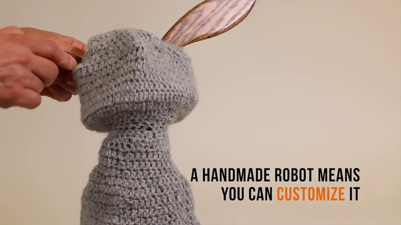 Cornell University Blossom A Handcrafted Social Robot Soft Inside and Out