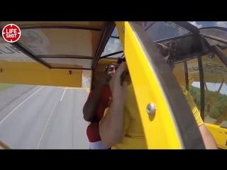 Le basketteur Bull Bullard des Harlem Globtrotters a smashé à une vitesse de plus de 110 km/h