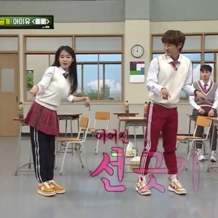 "IU is the BEST! on Instagram: ""It's cute how IU taught Joongi the dance move and he followed her ㅋㅋ 💕 @dlwlrma @actor_jg . . . . iu 아이유 leejieun..."