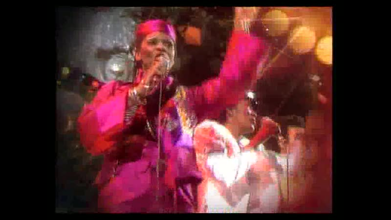 Boney M - Hooray! Hooray! Its A Holi-Holiday (Baseclips.ru)