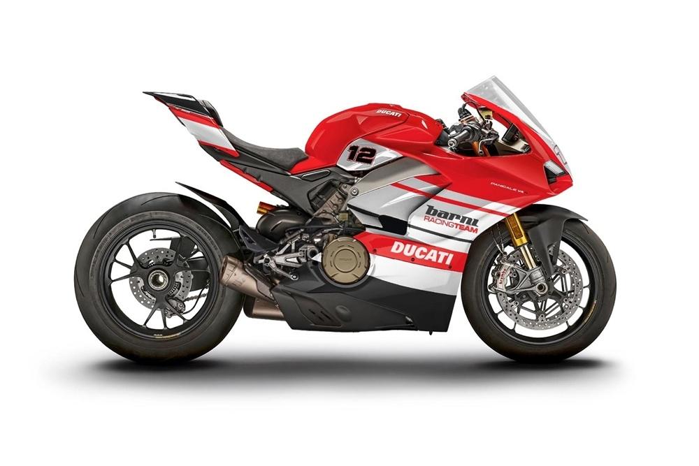 12 гоночных Ducati Panigale V4 S выставят на аукцион