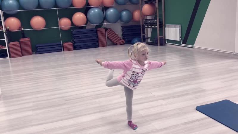 Маленькая балерина Группа ХГ Шаги к Успеху