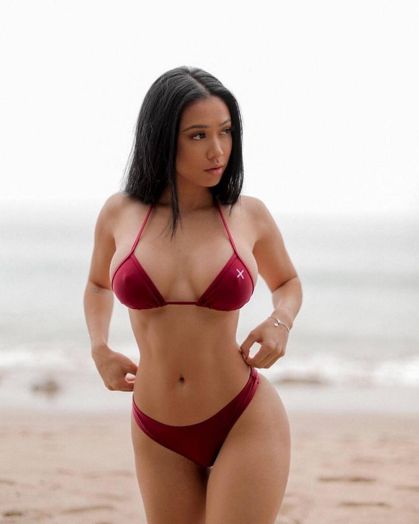 Skinny mature slut getting fucked