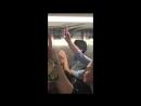 Кристина Агилера инкогнито спела в метро Нью-Йорка