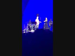 Lea Michele and Darren Criss in Las Vegas Credits imrosaortiz Instagram Stories (6)