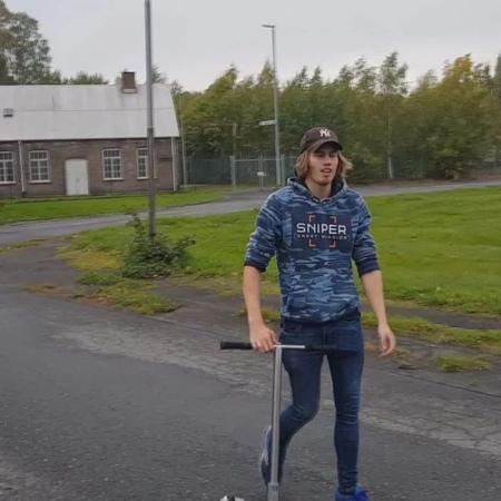 "Kristian (Kalle) Korpela on Instagram ""Half Cab Heel Kickless! (Worlds First) 😀👊🏻 Also got the Whip Back Scoot Flat! Have you seen anybody else l..."