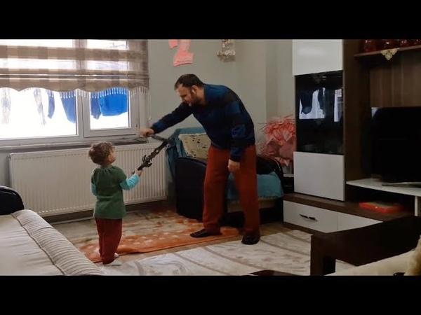 Babasıyla Savaşan Küçük Kız
