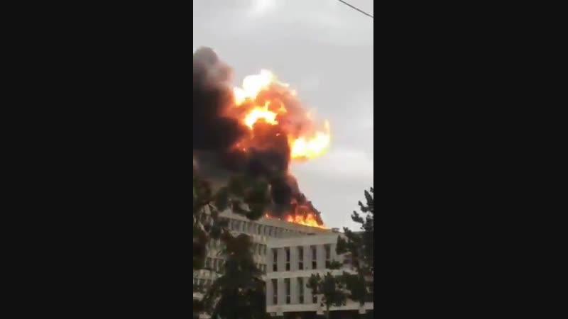 Серія вибухів в університеті французького Ліона, щойно