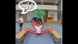 Растяжка в поперечный шпагат Stretching in transverse twine