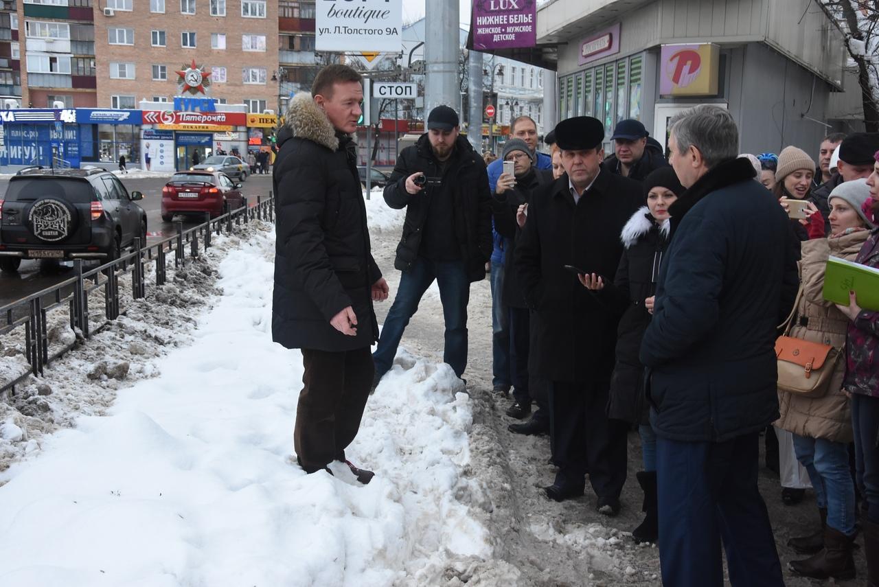 Старовойт раскритиковал уборку Курска от снега