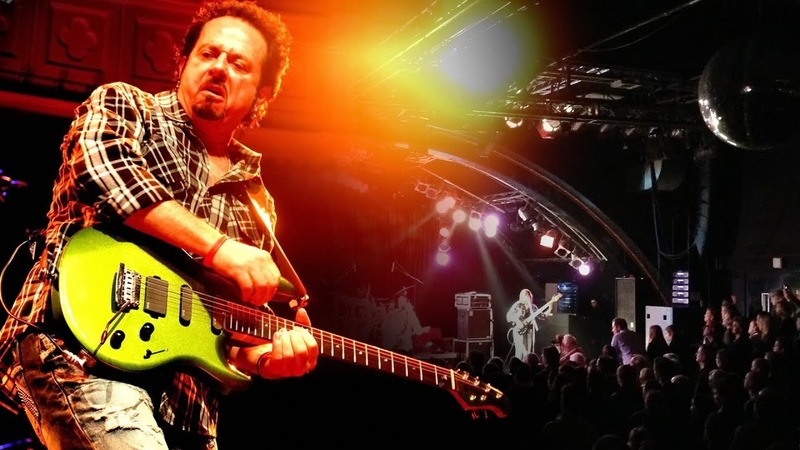 Steve Lukather - Never Walk Alone