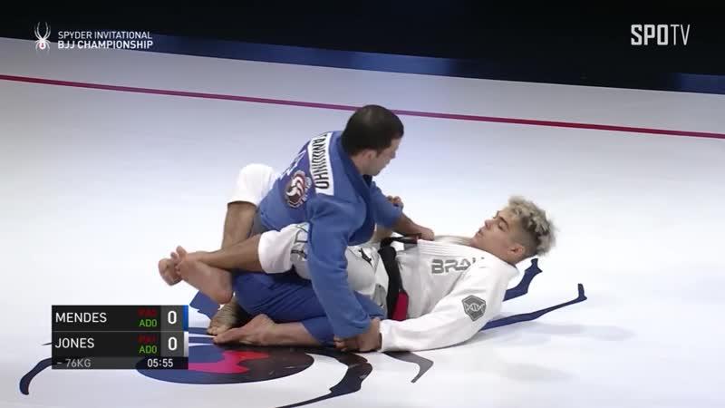 76 bronze Augusto Mendes vs Levi Jones Leary spyder2019
