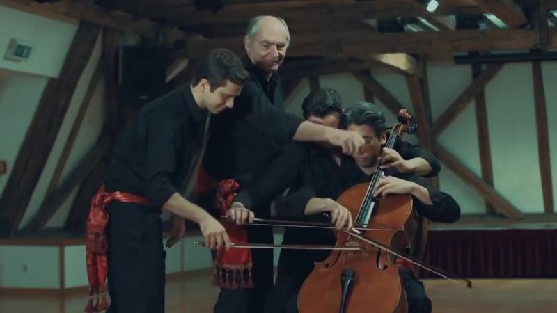Знаменитое Болеро Мориса Равеля в необычном исполнении.