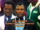Joe Frazier sings National Anthem Muhammad Ali - Leon Spinks II. (1978 09 15).