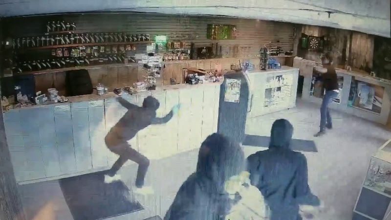 Man Fights Off 4 Bear Spray Wielding Attackers During Cannabis Store Robbery