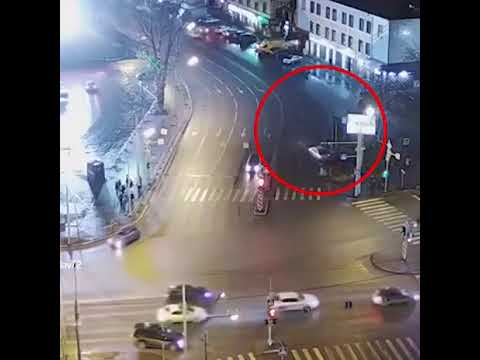 В Тюмени 21-летняя девушка сбила шестерых пешеходов.