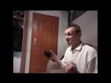 Мопс поясняет как первоходу правильно заходить в хату