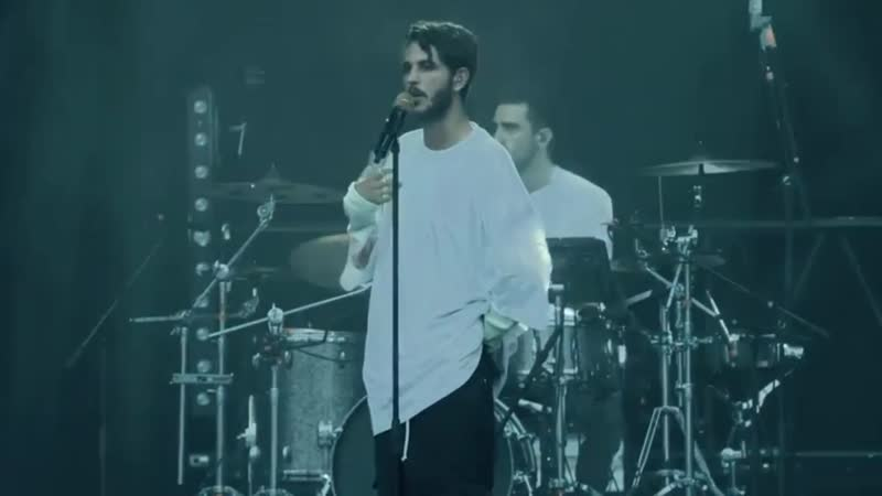 Oscar and The Wolf Breathing Live Main Square Festival 2018
