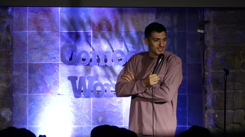 Andrew Schulz Woman Brings Emotional Support Dog To My Comedy Show Озвучка