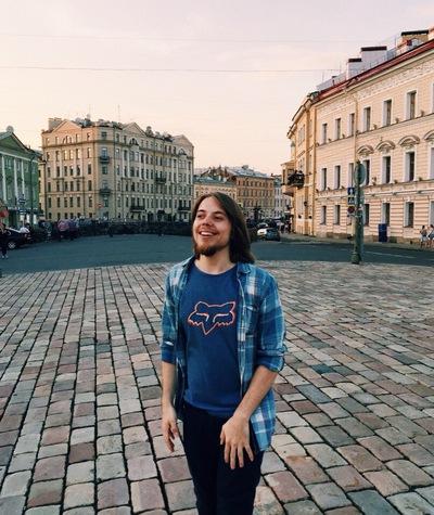 Владислав Манеров