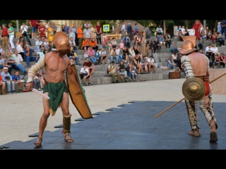 Мифы древней Греции — огненное шоу на Покровском бульваре