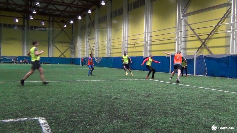 Видеообзор 24 10 2018 Метро Бухарестская Международная Любительский футбол в Питере