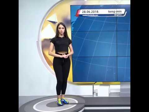 Сербская телеведущая крутая каратистка футболистка