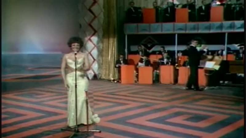 Ill never fall in love again -Shirley Bassey