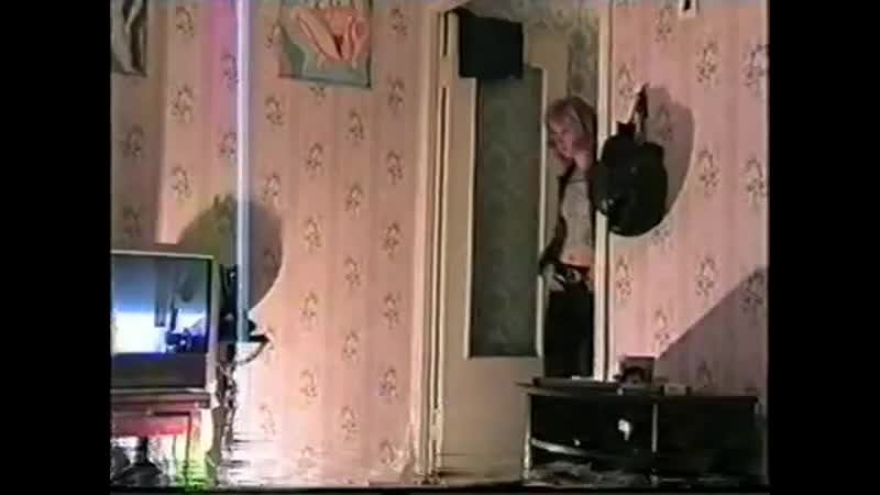 Стриптиз перед мужем видео подругу порно