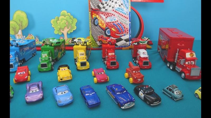 The Cars in italiano. La mia collezione giocattoli Motori Ruggenti. McQueen e auto. Giocattoli auto