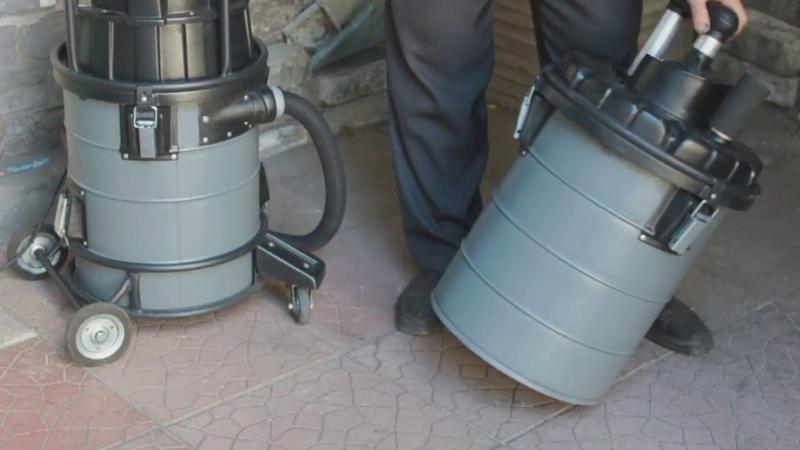 Пылесос для заправки картриджей. Vacuum cleaner for toner cartridges.