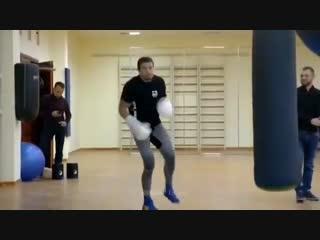 Танцы от Александра Усика