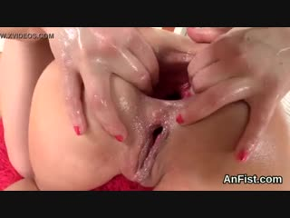 Naughty lesbo centerfolds are gaping and fist fucking anals - xnxx.com.mp4