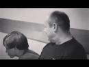 Не плачь отец- твой сын боксер, пусть плачет тот, чей сын танцор