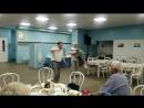 Это Саша Попов - танец Яблочко - есть еще задор...