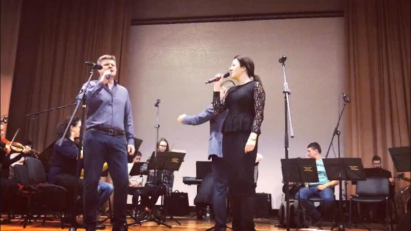 Е.Можарова Ю.Онуфриенко - Песня о любви