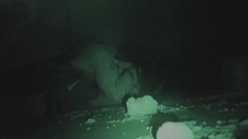В ходе боев за н.п. Кафр-Набуда в сирийской провинции Хама террористы используют не только приборы ночного видения, но и весьма