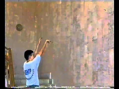 Уроки баскетбола. Отработка броска у стены
