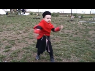 Маленькому казаку Пете всего 5 лет.