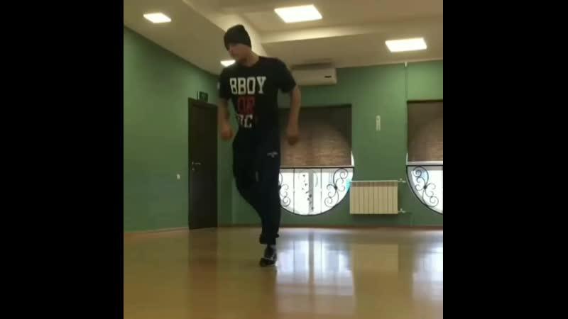 Break dance в Калуге - ТЦ Легенда.mp4