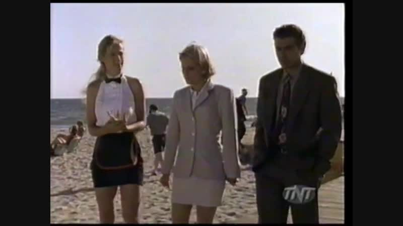 Lisa Toothman in Bodies of Evidence