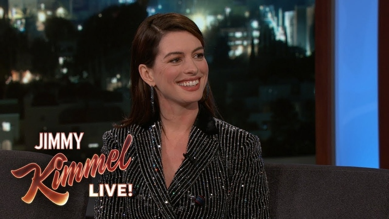 Anne Hathaway on Embarrassing First Headshot